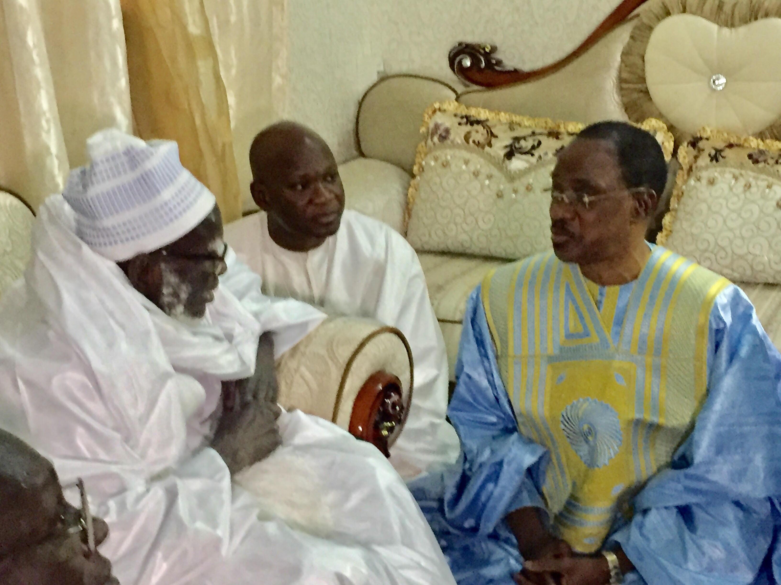 Touba : Me Madické Niang reçu par le khalife général des mourides