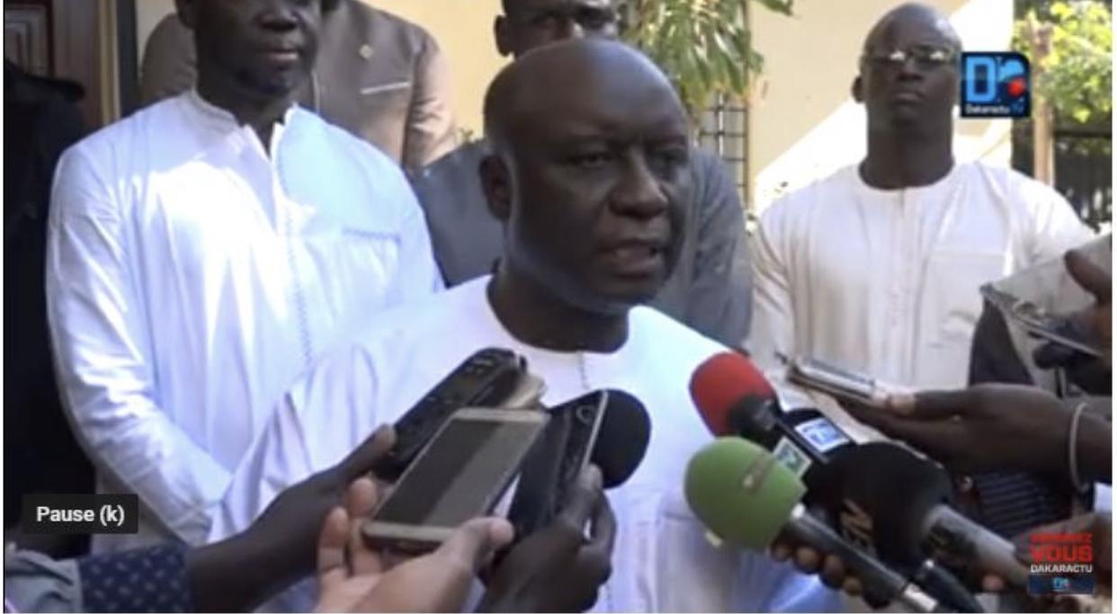 """Journal de la Campagne : Idrissa Seck soupçonne l'Etat d'utiliser les forces de défense comme un """"instrument d'espionnage politique"""""""