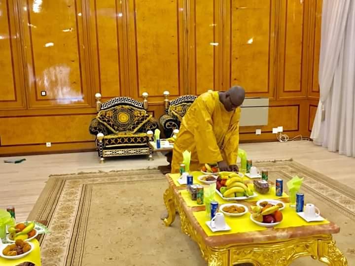 TOUBA - Wade aura droit à un grand festin à lui offert par le Khalife Général des Mourides.
