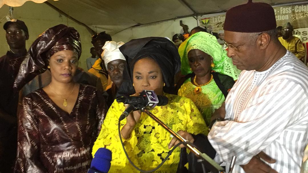 Tournée économique dans le département de Dakar : Madame Ndeye Saly DIENG, Ministre de Femme, de la Famille et du Genre renforce le financement des calebasses de l'émergence