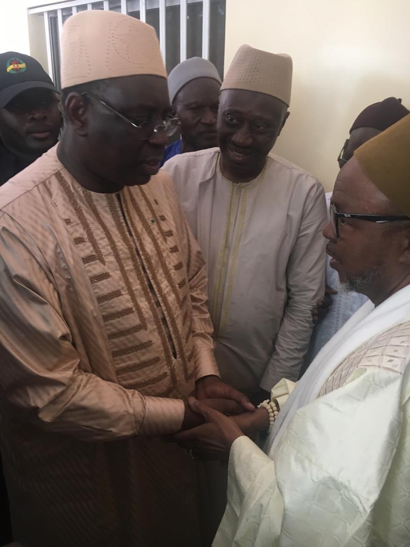 Le président Macky Sall a rendu visite à Thierno Abdourahmane Barry à Bogal