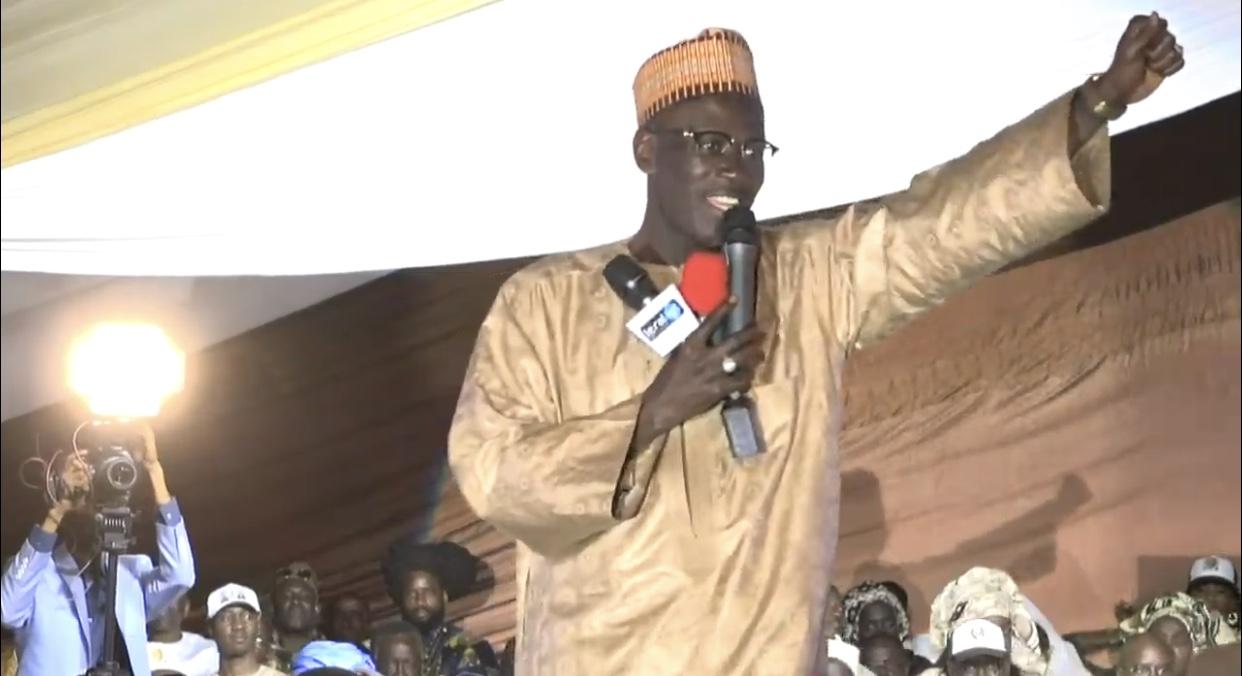 Meeting de l'Apr à la Médina : Seydou Gueye donne l'accolade à Cheikh Ba