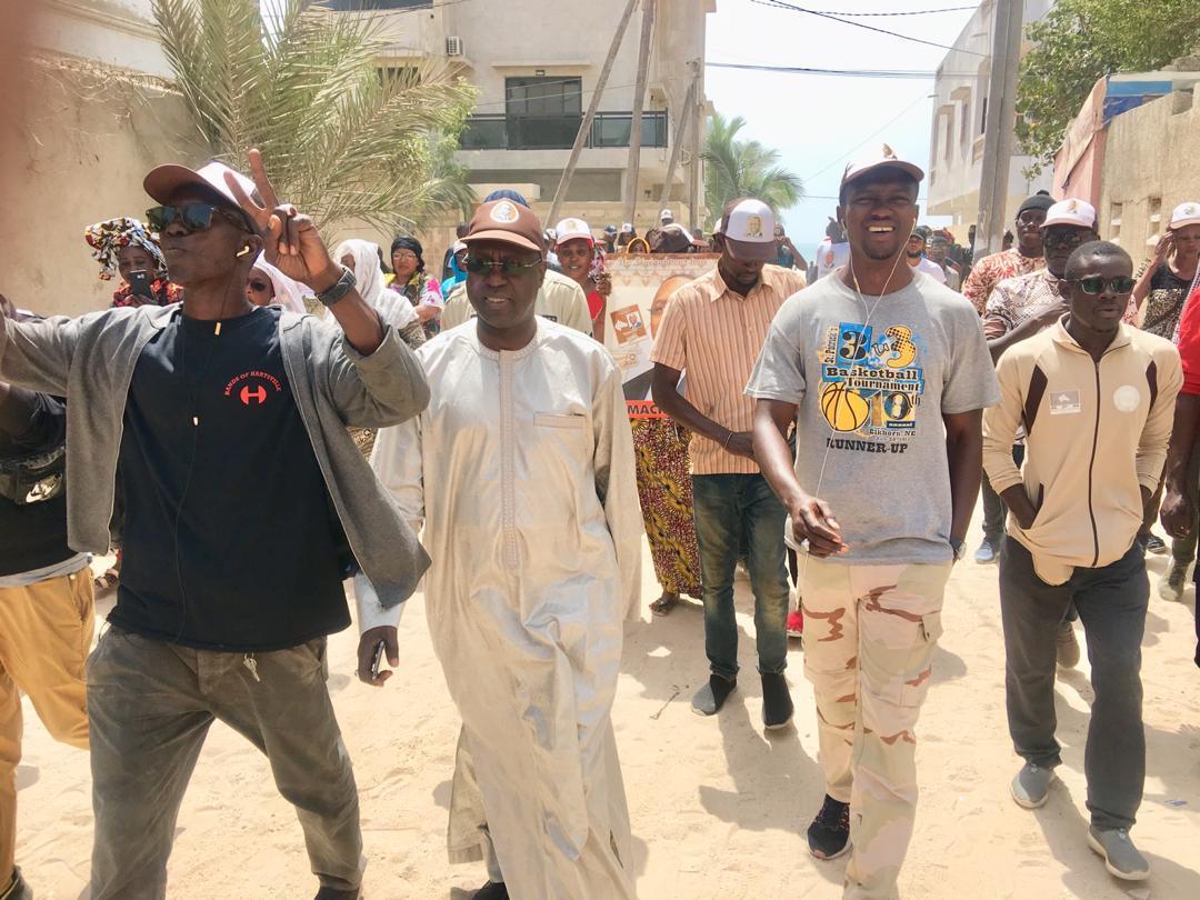 Présidentielle 2019 : Les dernières foulées de Abdou Karim Sall et ses camarades de BBY Mbao pour la réélection du candidat Président.