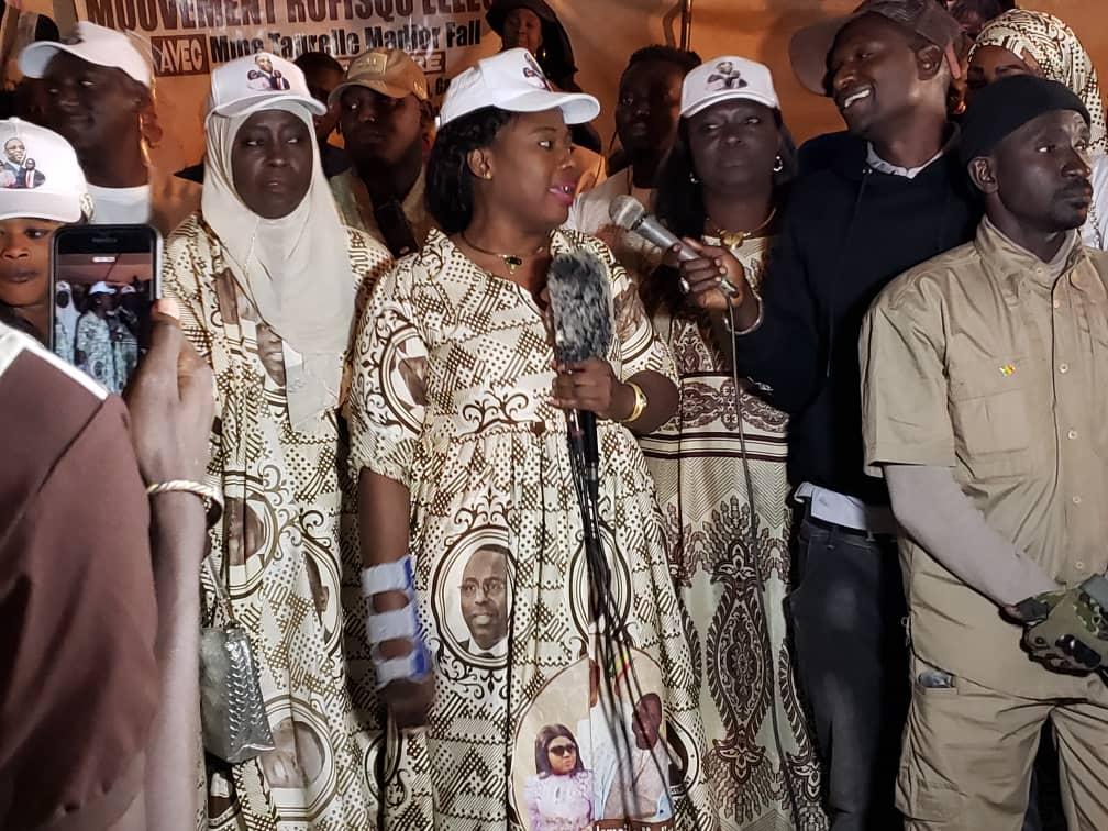 Présidentielle 2019/Rufisque : le mouvement « Rufisqu'elles » s'engage derrière Ismaïla Madior Fall pour la réélection de Macky Sall dès le 1er tour  (Images)