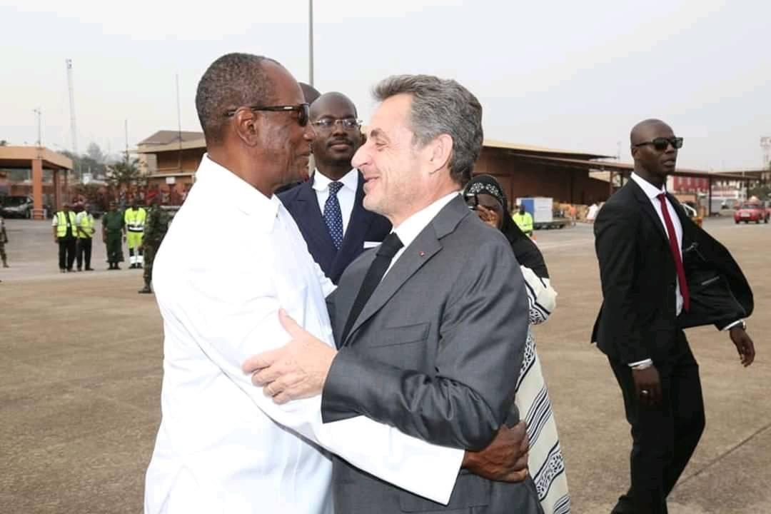 Guinée : Après Wade et Hollande, Alpha Condé déroule le tapis rouge à Nicolas Sarkozy.