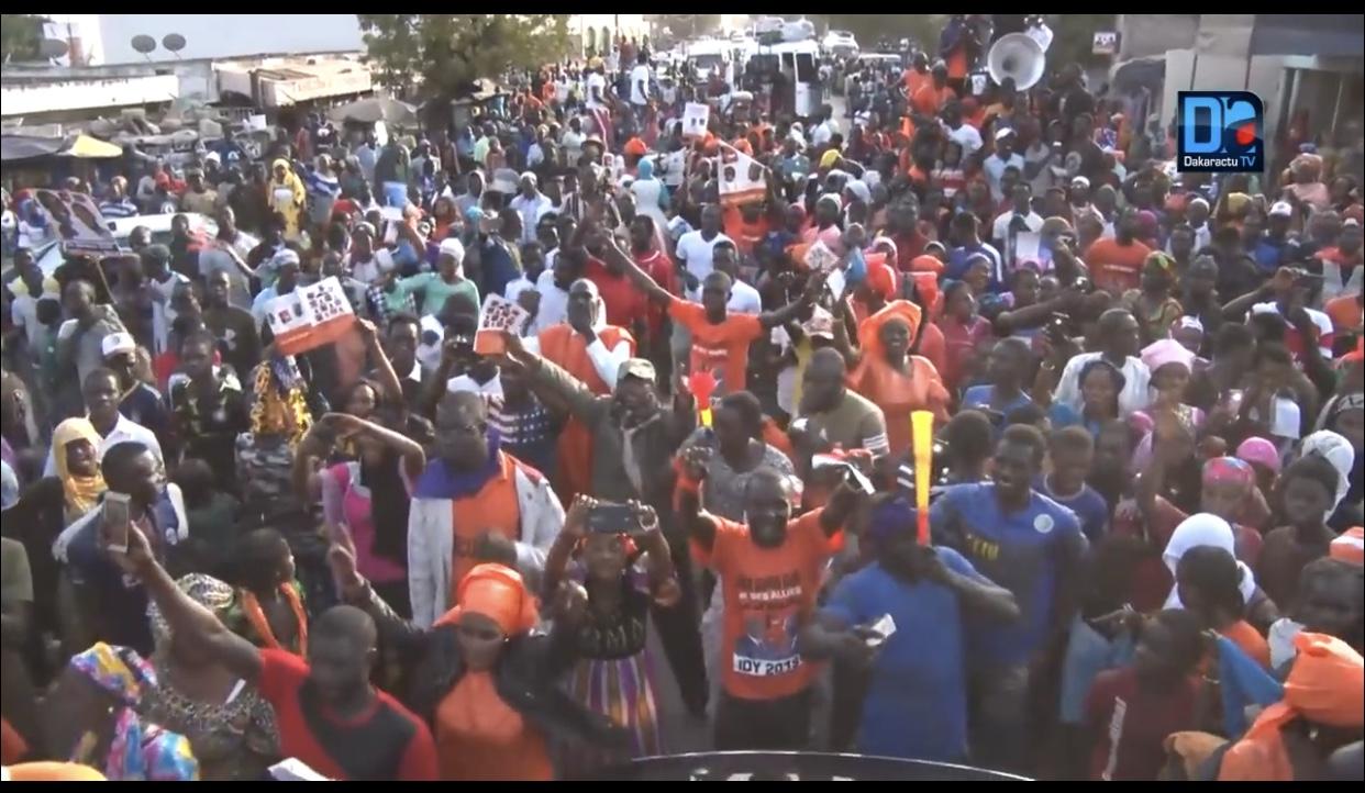 Coalition IDY2019/ Marche Orange : Revivez les moments forts de la caravane entre Thiès, Mboro, Keur Moussa, Notto-Gouye-Diama, Bayakh, Bargny et Rufisque.