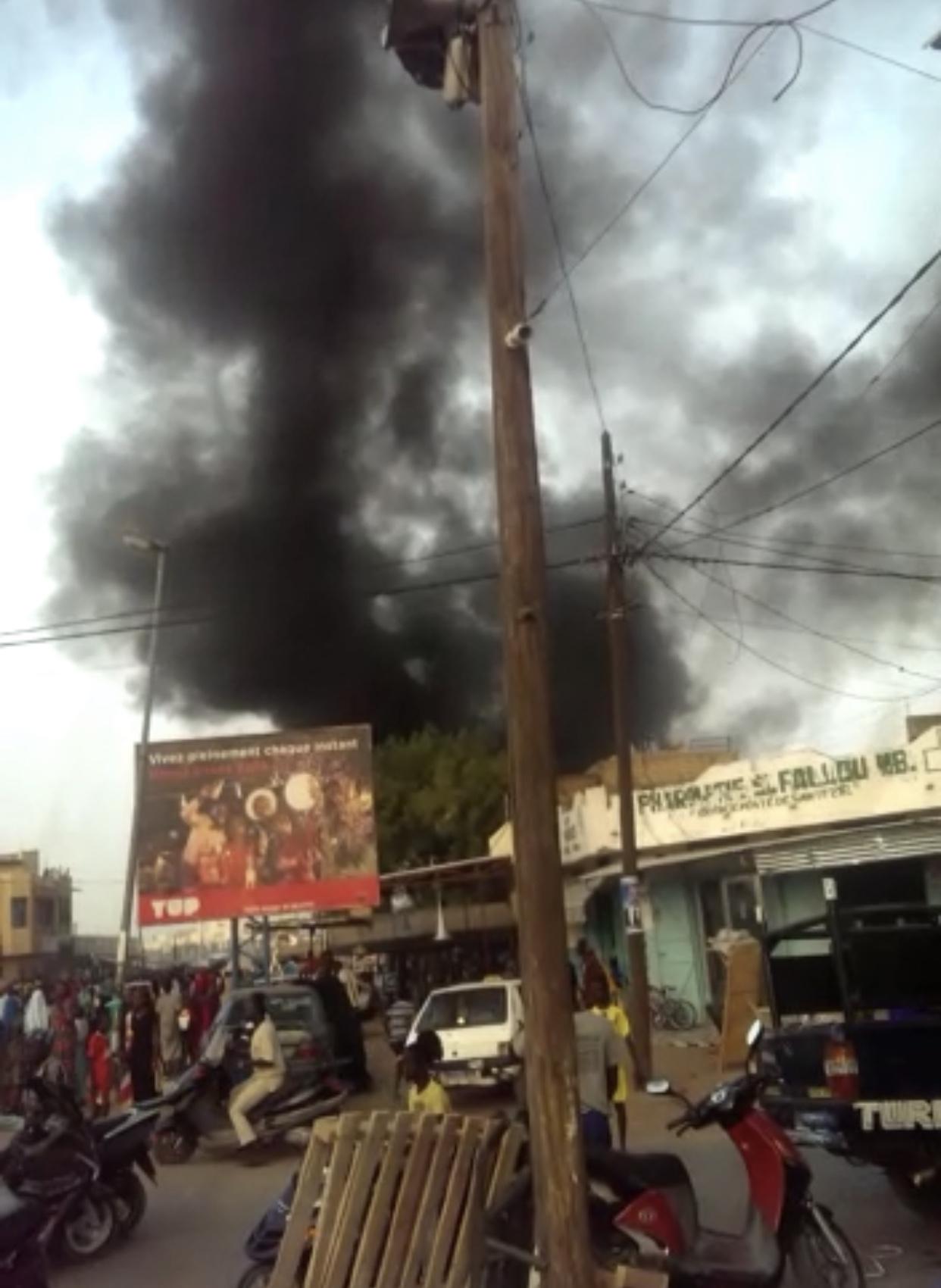 URGENT / TOUBA : Incendie au marché Ocass