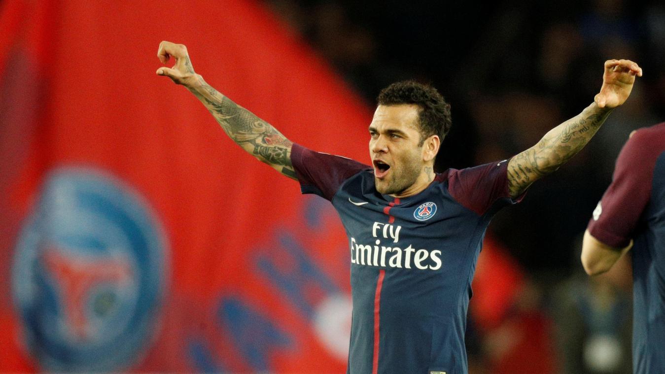 Ligue 1/France : Accord entre le PSG et Dani Alves pour sa prolongation de contrat