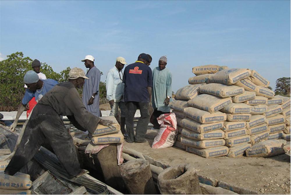 Pénurie de ciment et hausse du prix : Un problème technique serait à l'origine.