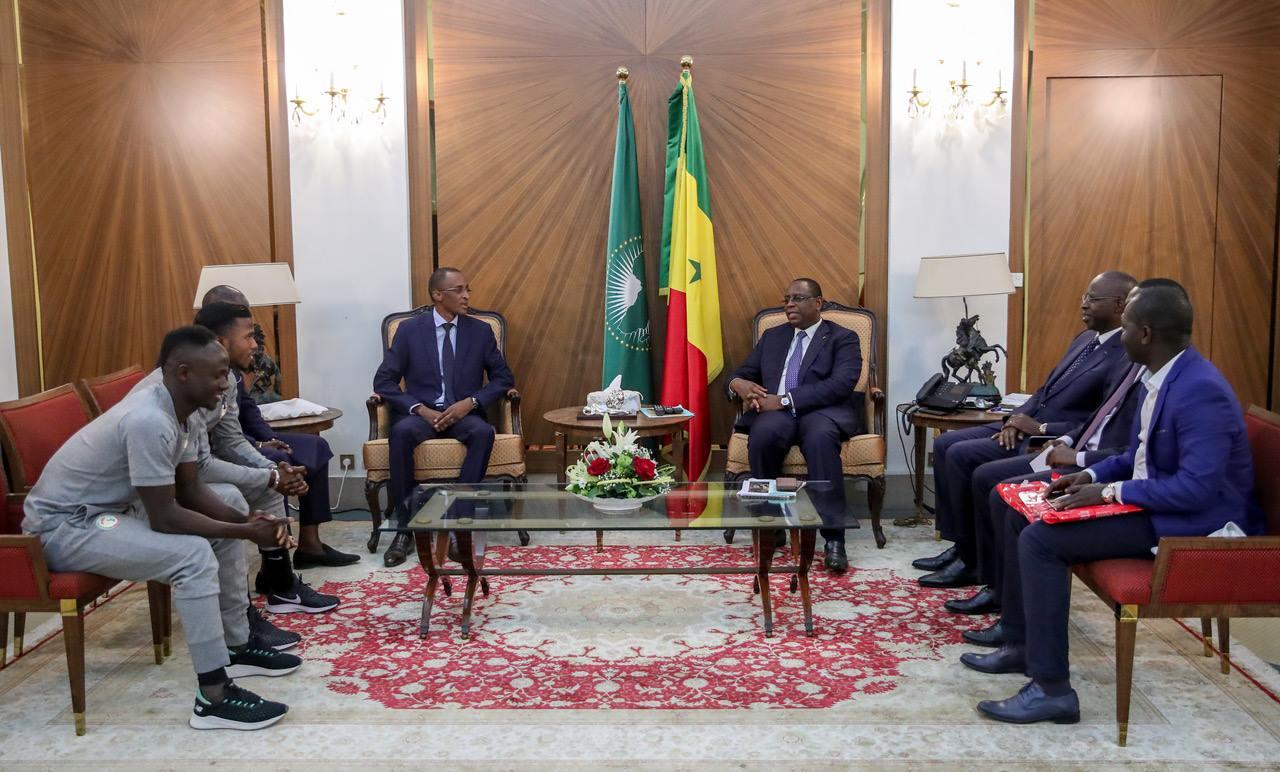 Œuvres sociales : Le président Macky Sall décidé à faciliter les actions de Sadio Mané et Diao Baldé