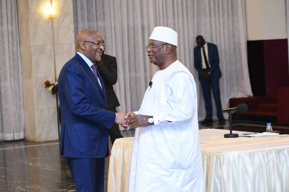 Mali : Le Premier ministre présente la démission du gouvernement acceptée par le président de la République