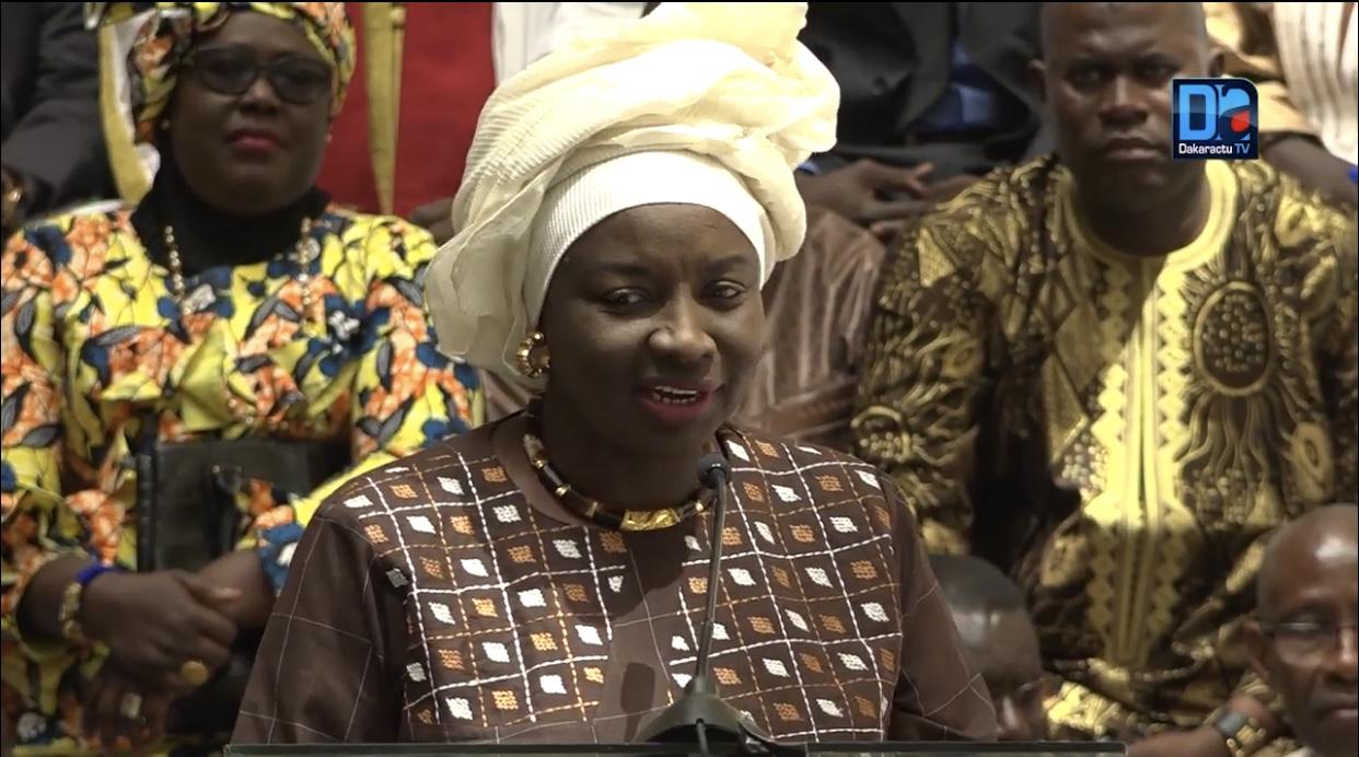 Livre blanc « Idy2019 » : Mimi Touré réfute les arguments contenus dans le rapport et invite Idrissa Seck à tourner la page