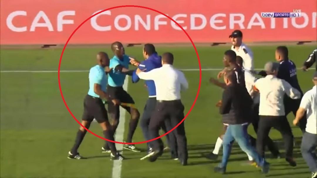Coupe CAF : L'arbitre Sénégalais Maguette Ndiaye sévèrement tabassé par les joueurs Tunisiens