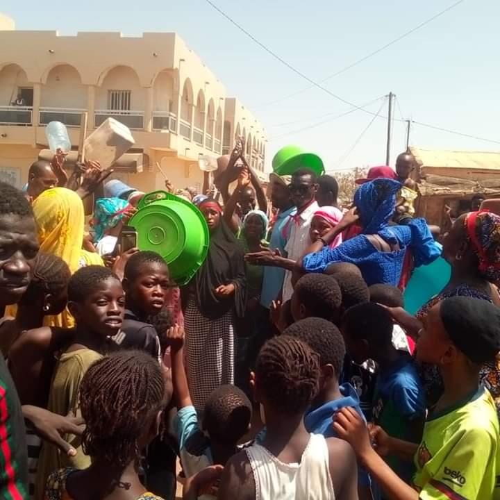 Tambacounda : Les habitants du quartier Plateau crient leur soif dans la rue (Images)