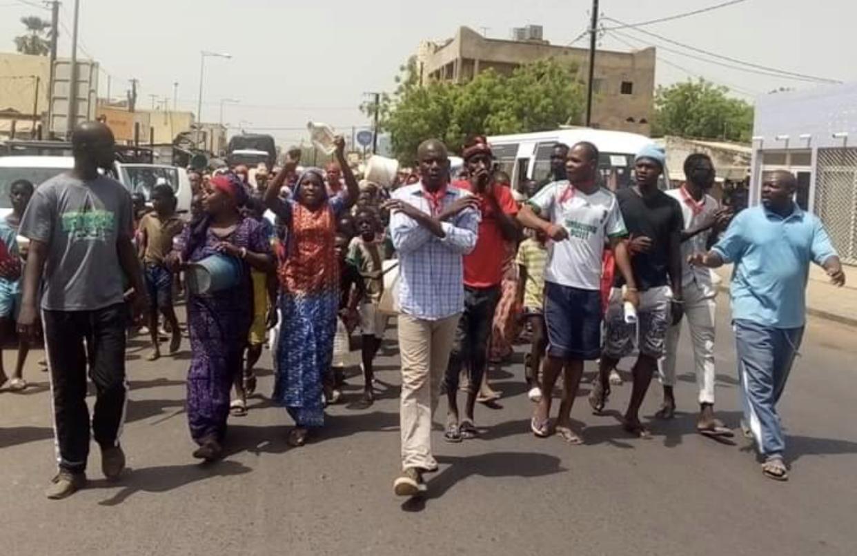 Tambacounda : Les populations des quartiers Afia et Plateau ont marché pour réclamer de l'eau (Images)