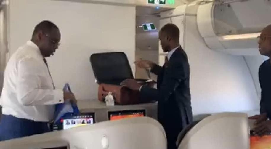 Voyage : Le président Macky Sall a quitté Dakar ce matin à bord de Air Sénégal