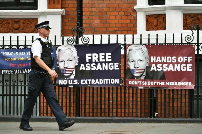 USA : Julian Assange inculpé d'espionnage par la justice américaine.