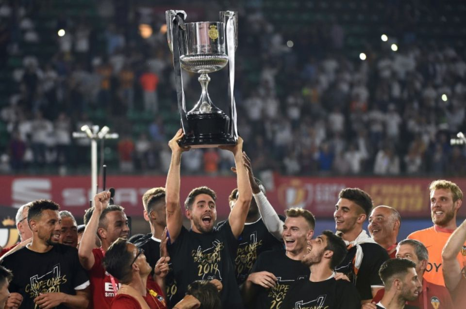 Espagne : Valence remporte la Coupe du Roi face au Barça de Messi (2-1)