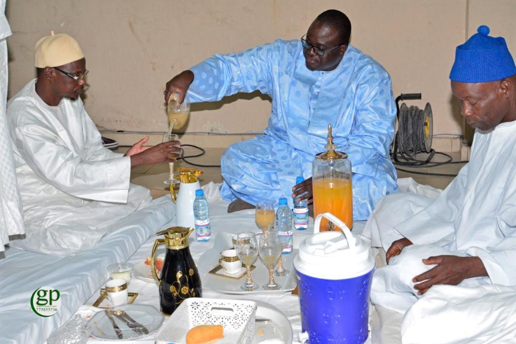 (IMAGES) NDOGOUS CHEZ SOJHNA BALI- Cheikh Abdou et Sokhna Astou reçoivent les petits-fils de Mame Thierno Birahim  après ceux de Cheikh Issa Diène