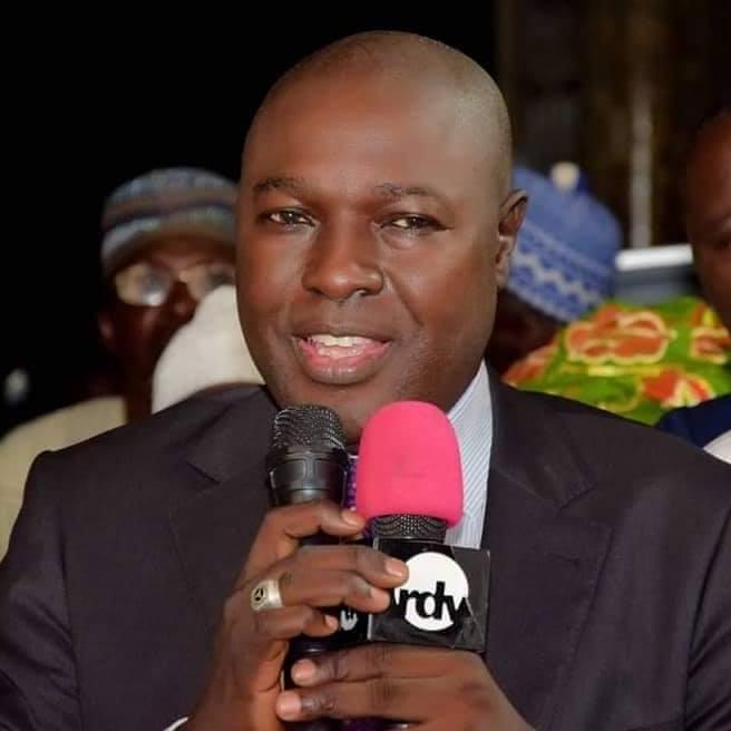Que reproche-t-on au président Macky Sall, á Franck Temis et á Aliou Sall ?