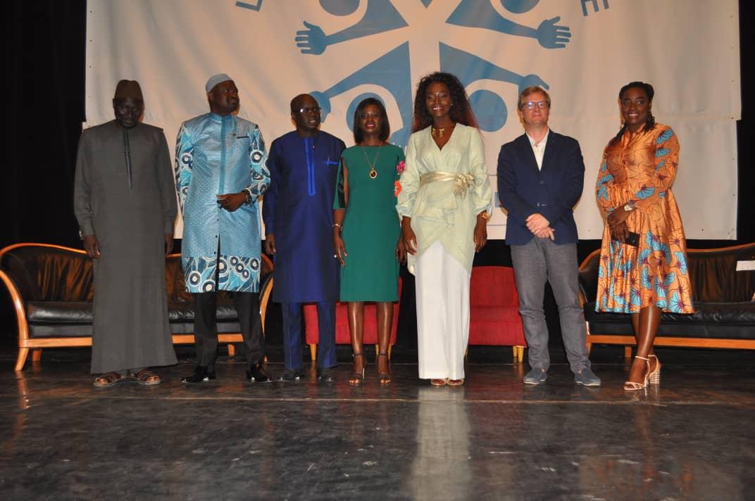 «JOURNEE DE L'ENFANT AFRICAIN» : Thérèse Faye Diouf, DG de l'ANPECTP invite les enfants à s'armer de courage et de bonne volonté pour constituer, demain, un capital humain de qualité conformément à l'axe 2 du PSE.