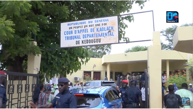 Kédougou / Exploitation illégale de l'or : Liberté provisoire pour les deux maires, le journaliste et le fonctionnaire, délibéré le 4 Juillet prochain.