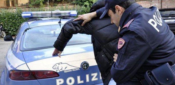Italie : Un Sénégalais mord l'oreille d'un agent…