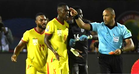 CAN 2019 : La CAF répond à la plainte de la fédération Béninoise, et confirme la sanction de l'arbitre Angolais