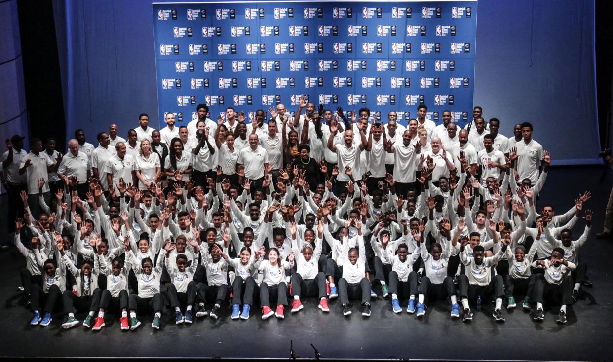 La NBA, la FIBA et la FSB accueilleront la 17ème édition de Basketball Without Borders Afrique au Sénégal.