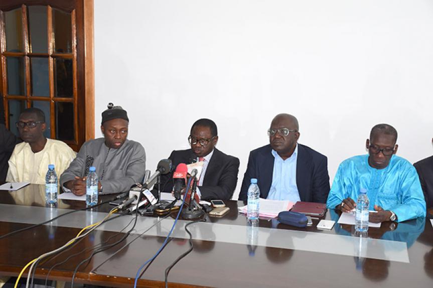 Décès de Ousmane Tanor Dieng : Le FRN présente ses condoléances au président Macky Sall et à la famille éplorée.