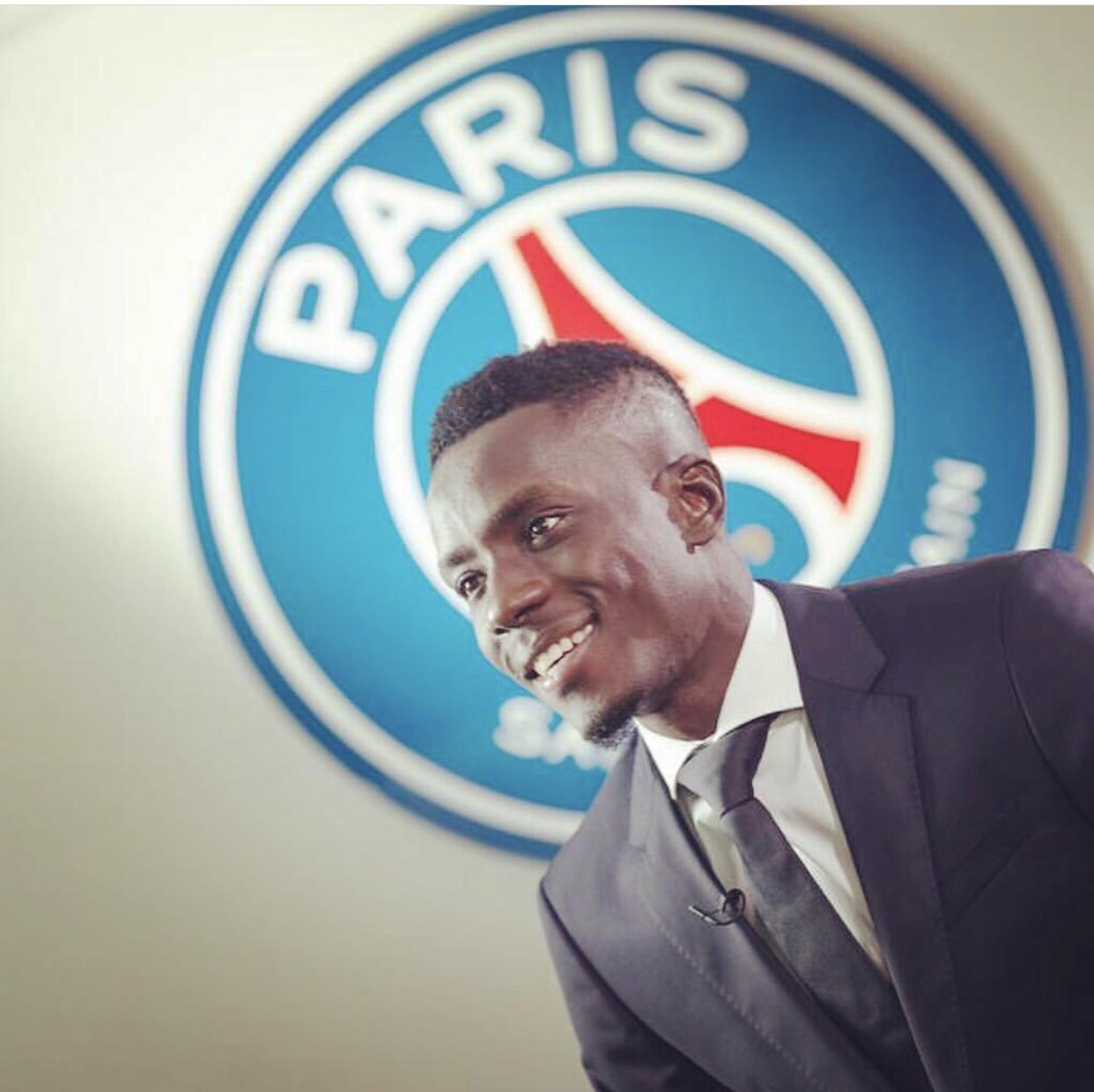 Après sa signature au PSG, Gana Guèye poursuit ses vacances au Sénégal
