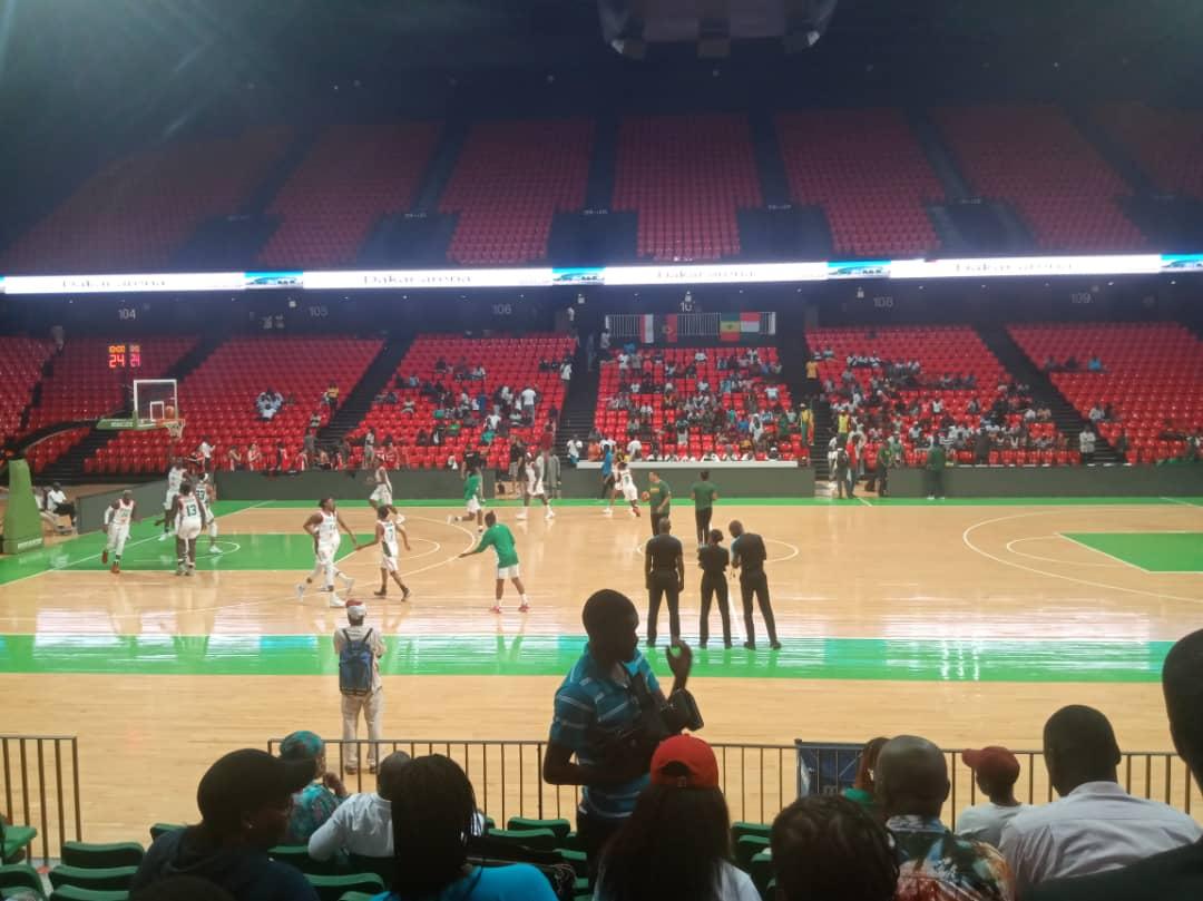 """Basket / Tournoi international de Dakar : Les """"Lionnes"""" à l'échauffement aux côtés des Égyptiennes"""