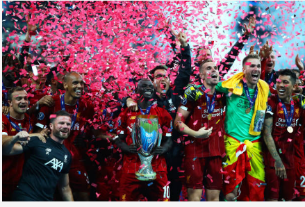 Supercoupe d'Europe : Liverpool remporte le trophée aux tirs au but, suite à un doublé de Sadio Mané (2-2, TAB 5-4)