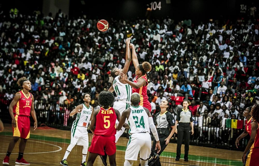 Afrobasket féminin ½ finale Sénégal – Mozambique : Les « Lionnes » rentrent aux vestiaires avec un retard de 16 points (19-35) à la pause