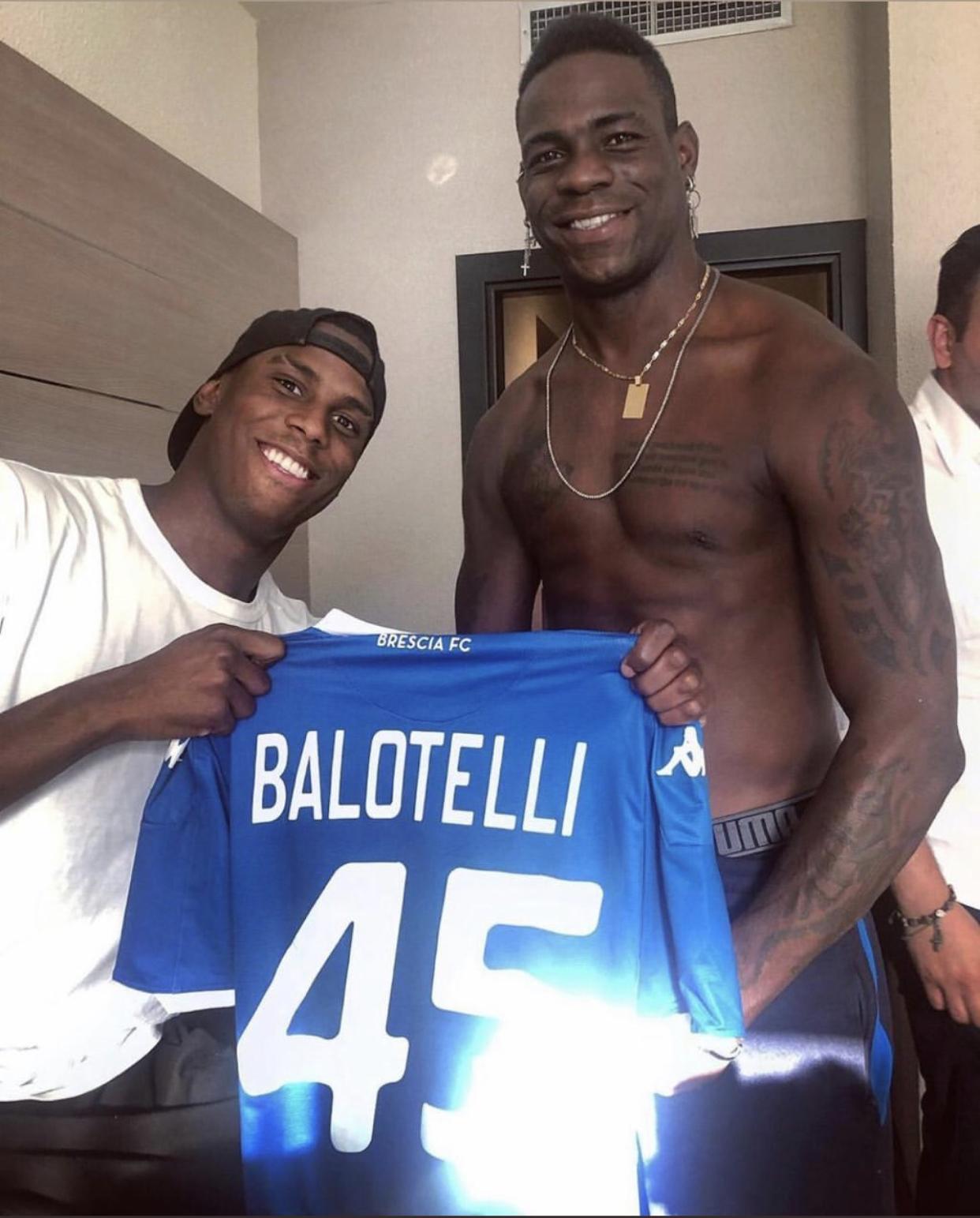 Officiel : Mario Balotelli signe à Brescia en Série A, Coutinho rejoint le Bayern Munich