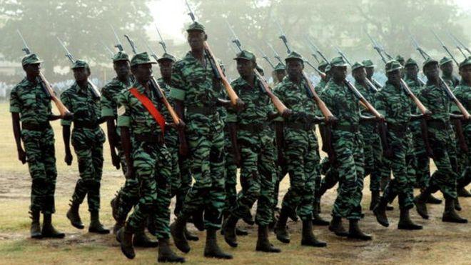 Sécurité : Des militaires de la garde présidentielle gambienne en formation au Sénégal.