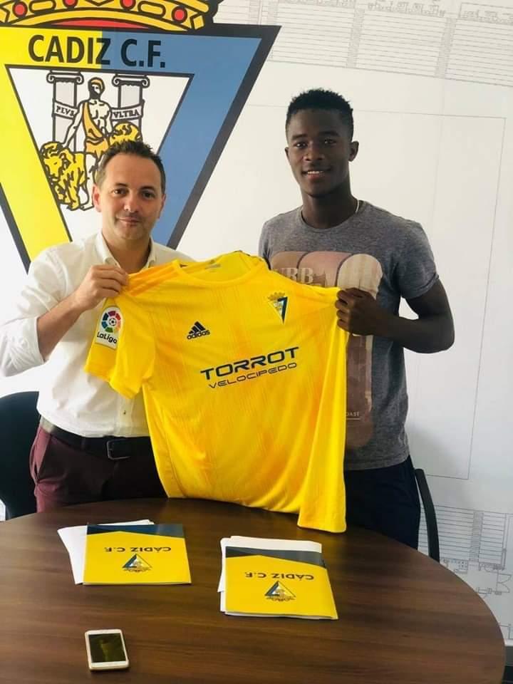 Arona Diawara (18 ans) de Ndangane FC s'engage avec le club espagnol Cádiz FC