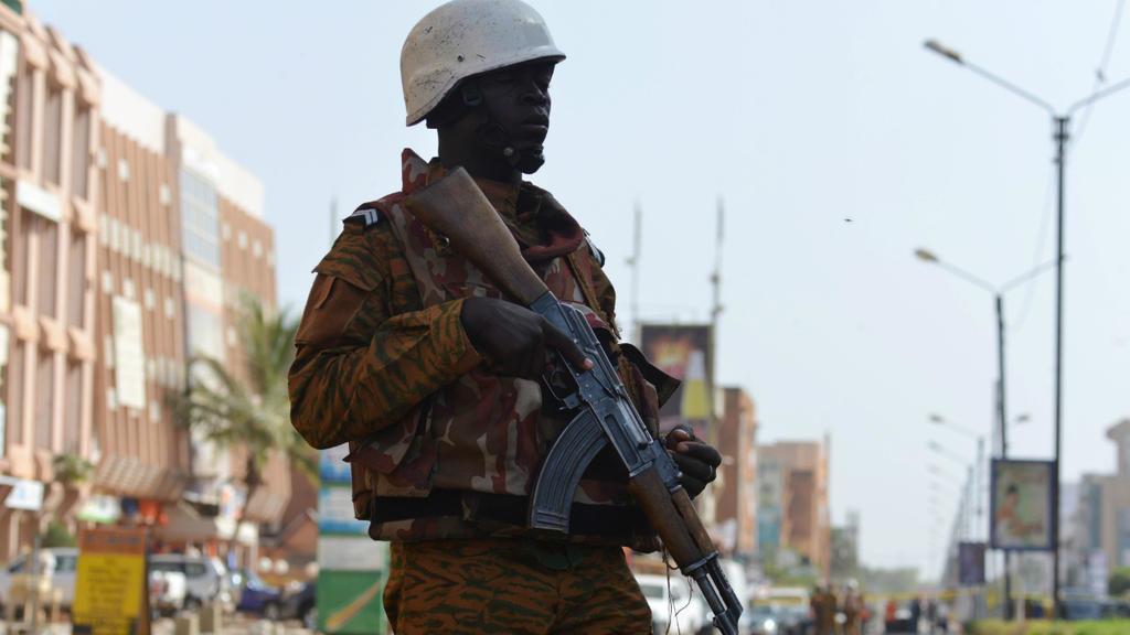 Burkina Faso : Une double attaque fait une vingtaine de morts dans le centre-nord