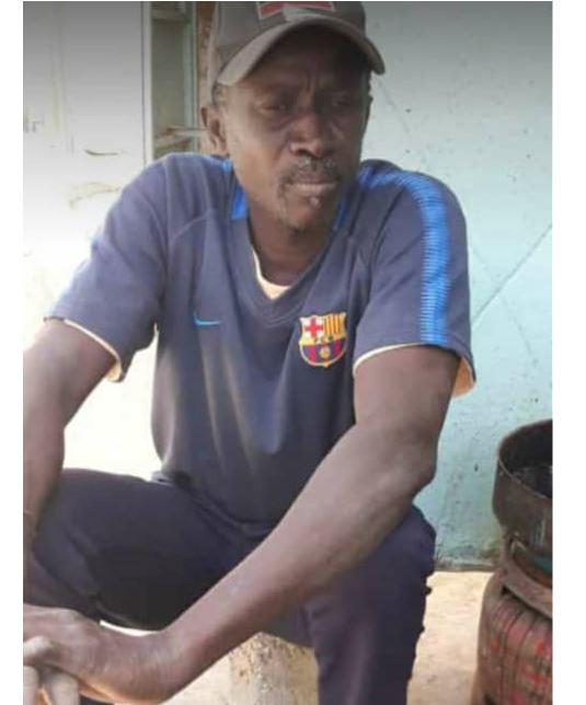 Horreur aux Parcelles Assainies : Un quinquagénaire trouvé poignardé dans sa chambre