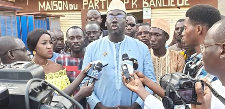 Djeddah Thiaroye Kao : La jeunesse de la coalition BBY démonte le maire Cheikh Dieng