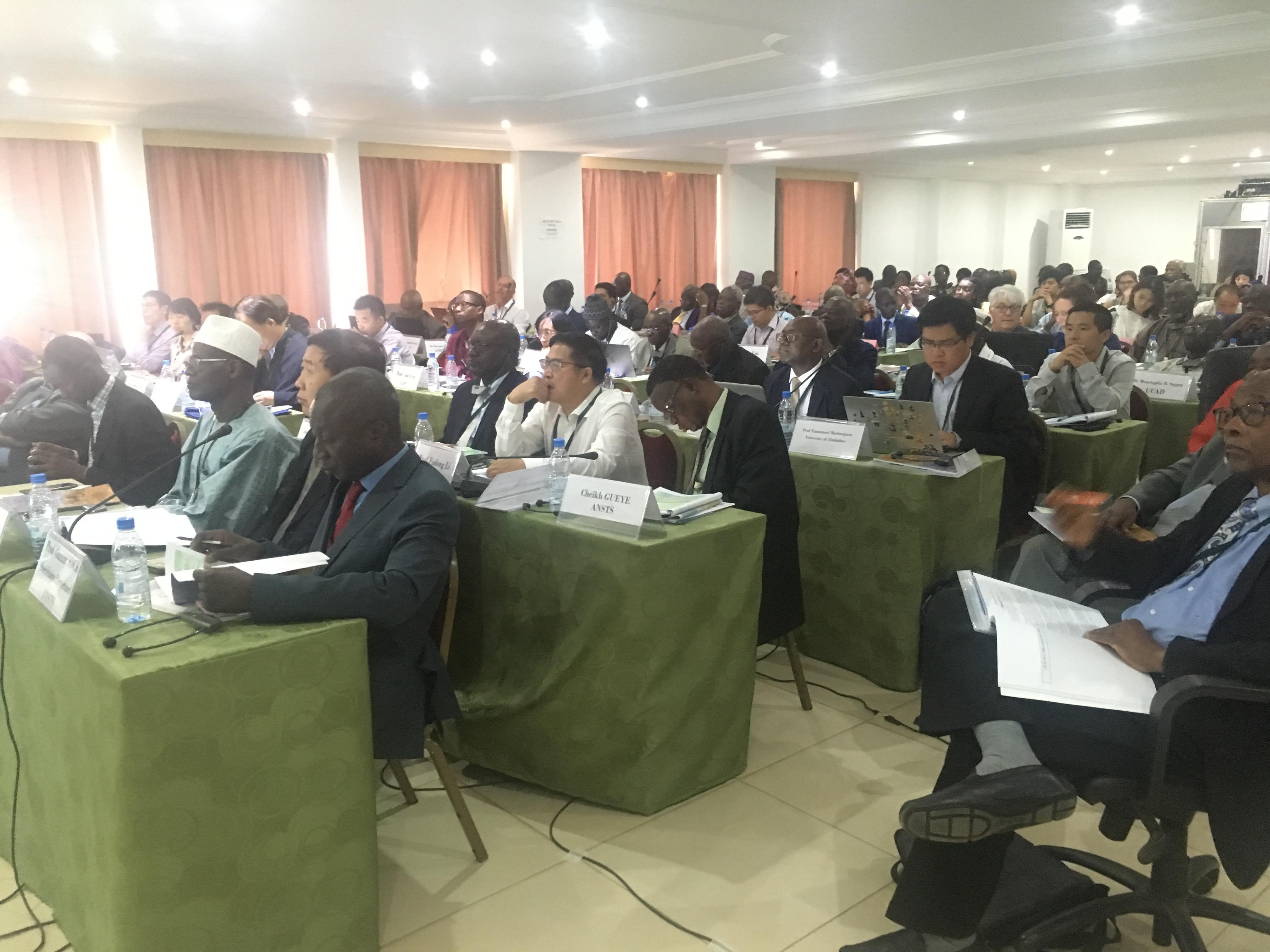 Gestion des Écosystèmes : Les zones arides au centre d'une rencontre régionale africaine du programme mondial sur le climat.