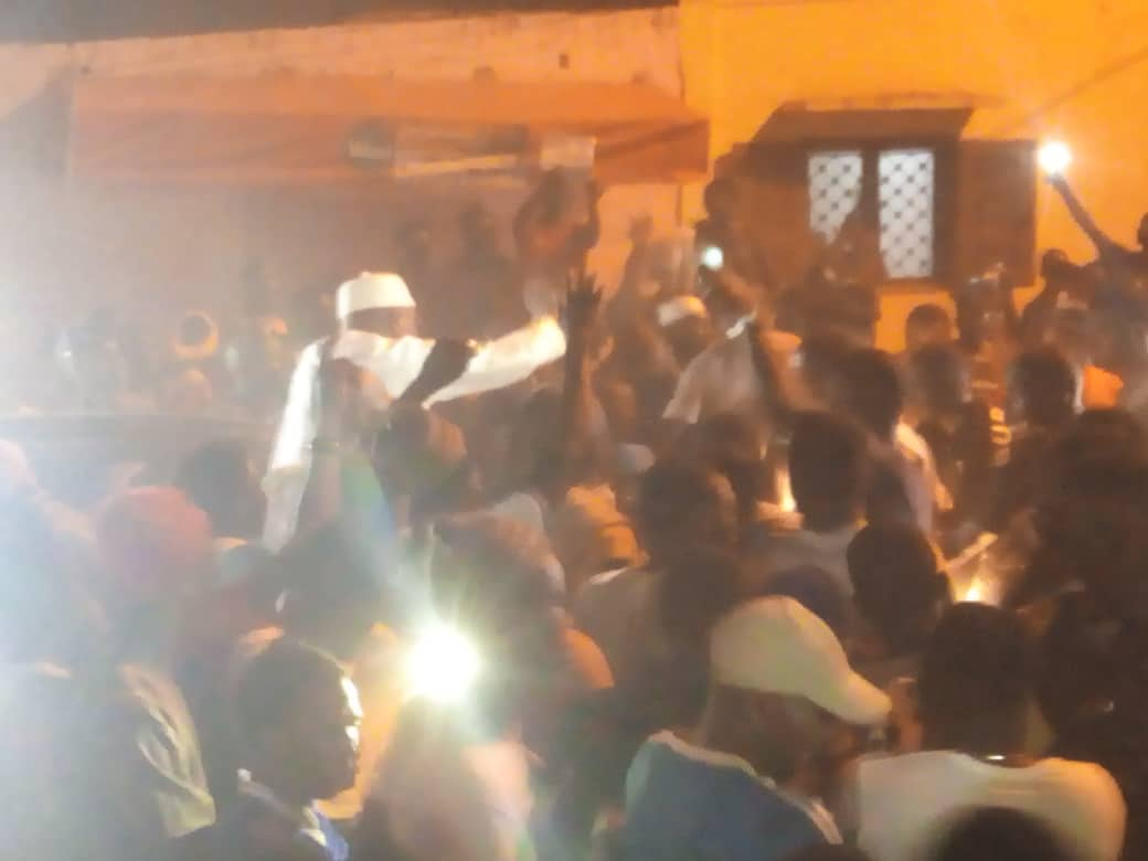 Parcelles Assainies : Khalifa Sall vient d'arriver chez sa mère.