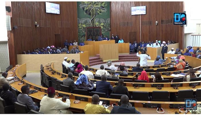 Assemblée nationale : Un nouveau règlement intérieur adopté lors de l'ouverture de la 1ère session extraordinaire