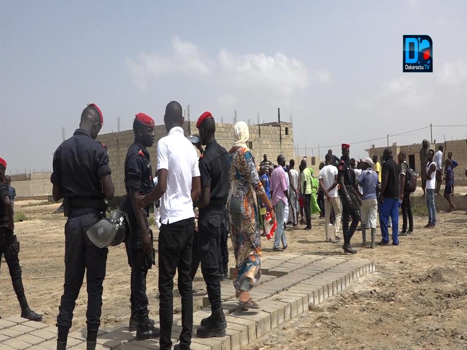 Saint-Louis / Opération de démolition de maisons à Ngallèle- Khar Yalla : 8 personnes, dont 2 femmes et 6 hommes arrêtées et placées en garde à vue.