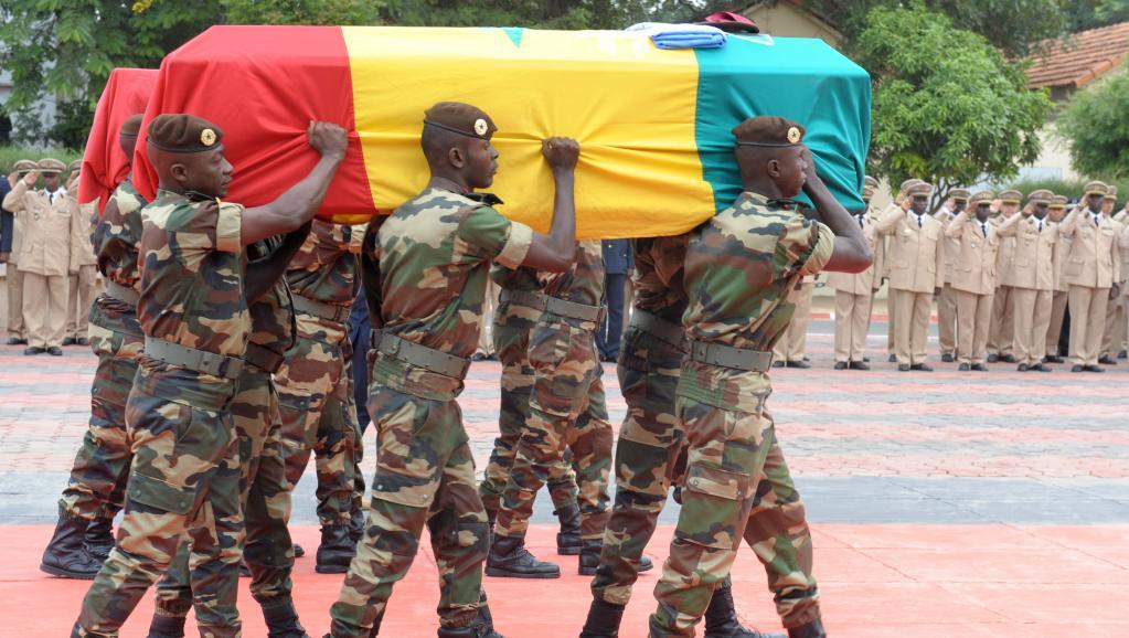 Mort des 4 casques bleus sénégalais : Le chef de la MINUSCA au chevet des familles des victimes