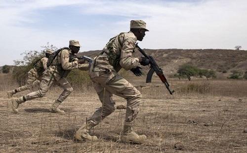 Burkina Faso : Encore des militaires tués dans une embuscade, dans le centre-nord.