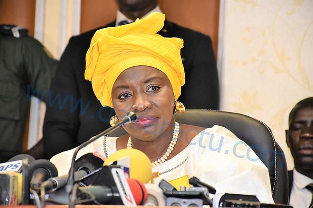 Mimi Touré adresse ses chaleureuses félicitations à la toute nouvelle Presidente du HCCT.