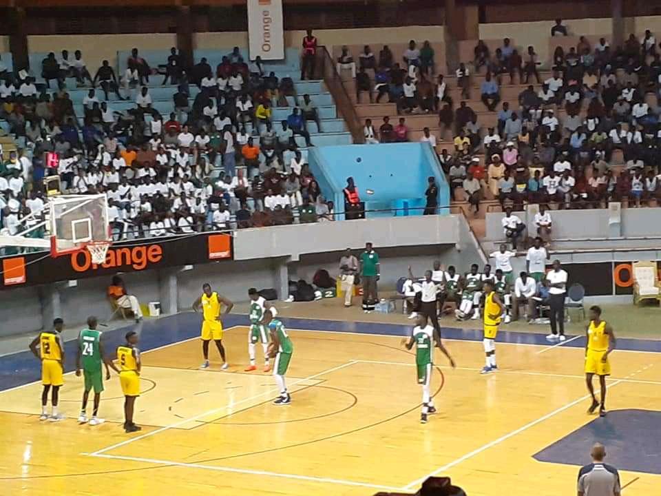 Basket masculin / Coupe du Sénégal : La Douane gagne le trophée devant le DUC (100-67)