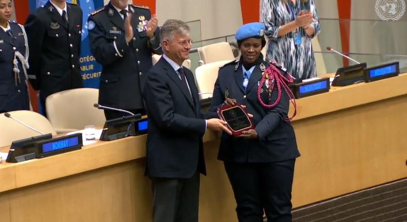 Prix de la policière des NU: La commandante Seynabou Diouf honorée devant ses pairs à New York.