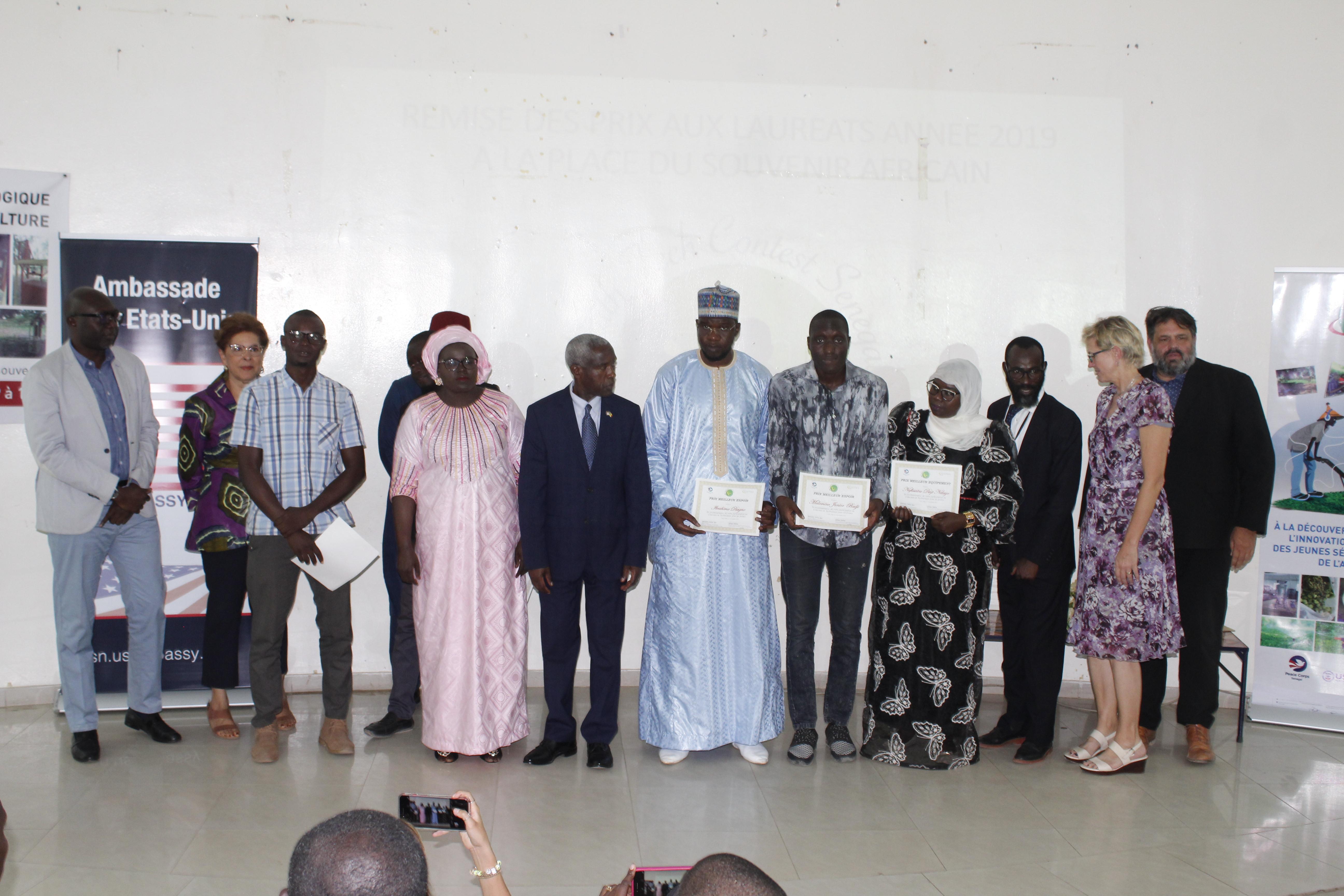 """1ère édition du Concours """"Youth Tech Contest"""" : 5 jeunes sénégalais primés."""